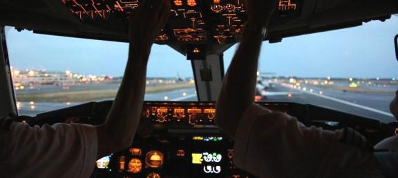 SimBrief com - Virtual Flight Planning Solutions